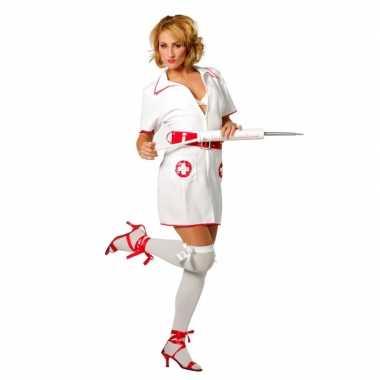 Verpleegster verkleed pakje